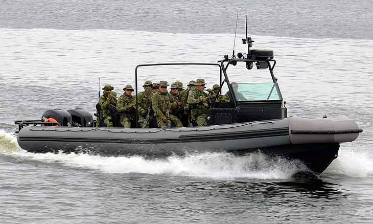 Десантно-штурмовой катер БК-10