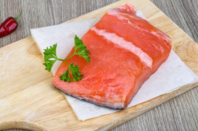 Интересный способ засолить красную рыбу
