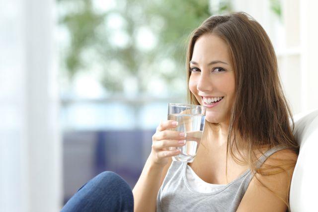 Ешьте воду, чай и сок. Что нужно и не нужно пить, чтобы похудеть