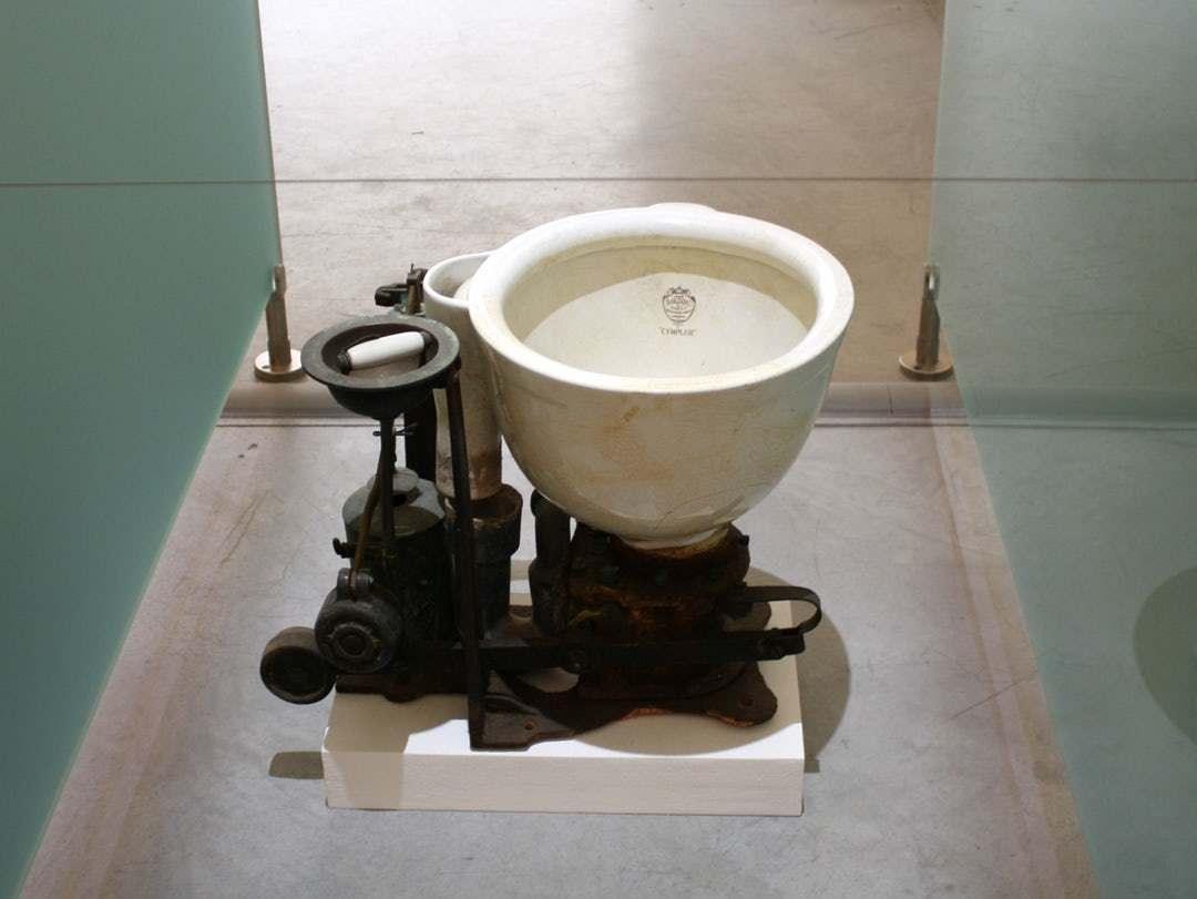 Непростая история туалетов. Как возник и совершенствовался этот прекрасный предмет быта
