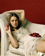 Кира Найтли (Keira Knightley) в фотосессии Эдриана Грина (Adrian Green) (2003)