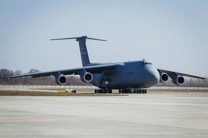 Военные самолеты США и НАТО провели масштабную разведку у границ РФ