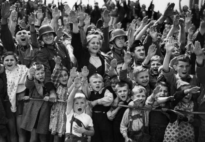 Франция во Второй мировой войне сражалась на стороне фашистской Германии?