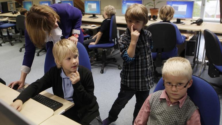 Postimees: Эстонские политики позволят гимназиям сохранить преподавание на русском