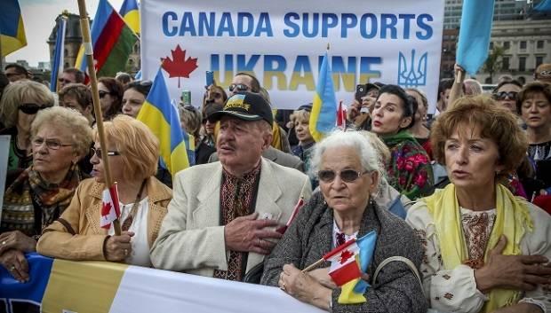 Канада-Украине: вышиванки бе…