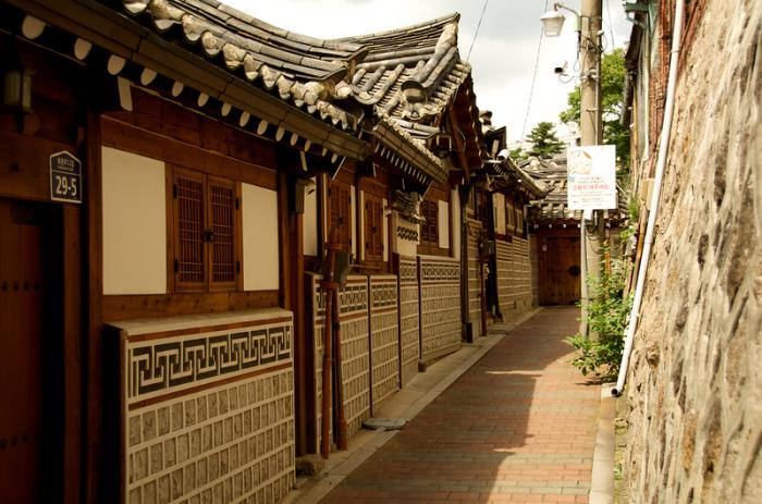 Деревня Намсангол Ханок.