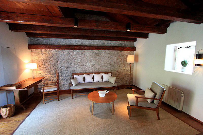 Внутри отеля Свети-Стефан. Черногория. Фото