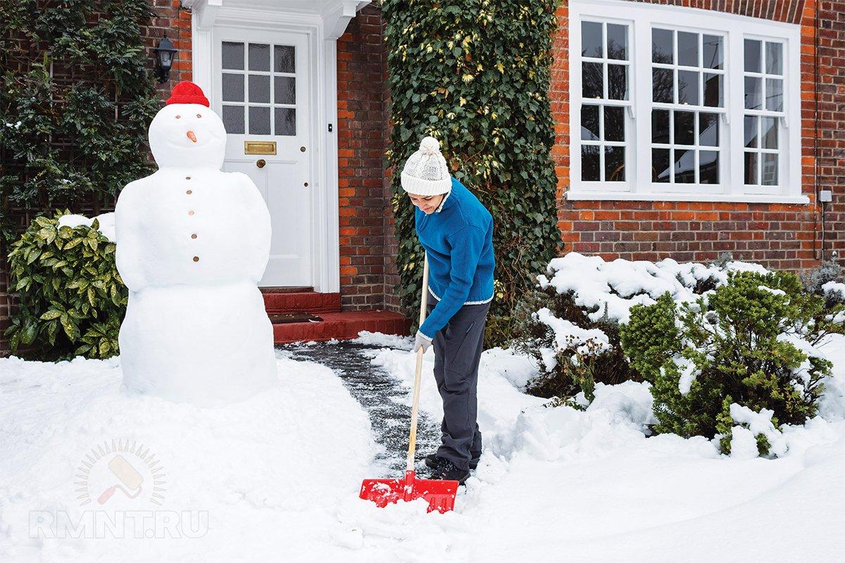Что делать со снегом на участке: 10 советов