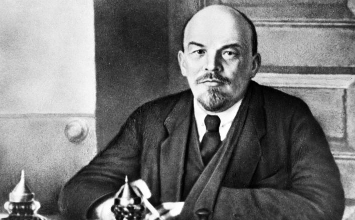 Один из первых в мире электромобилей был сделан для  В.И. Ленина