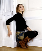 Кира Найтли (Keira Knightley) в фотосессии Сандрин Дулермо (Sandrine Dulermo) иМайкла Лабики (Michael Labica) (2002)