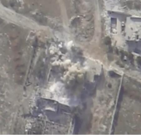Боевики в Алеппо спасаются бегством, оставляя район за районом (видео)