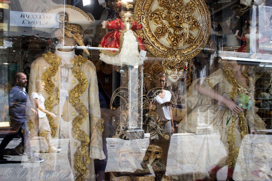 Витрина магазина в Венеции