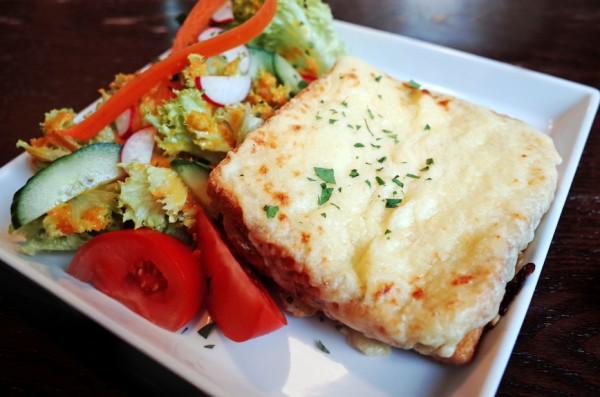 Горячие бутерброды с сыром и…