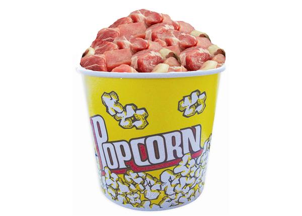 В новом кинотеатре Владикавказа зрители под фильм будут кушать шашлык