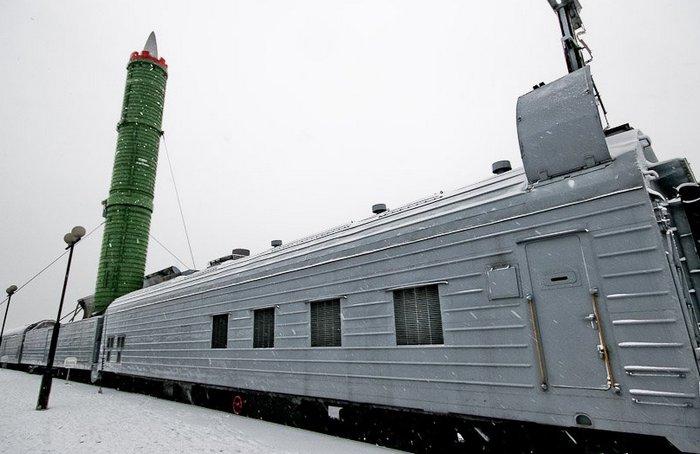 Россия возвращает на рельсы «поезд-призрак» в ответ на ПРО США