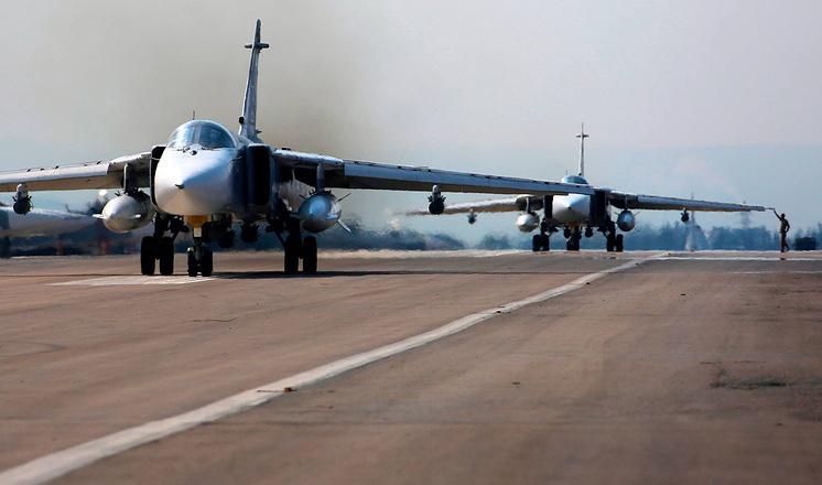 Шесть Ту-22М3 нанесли удар по объектам террористов в сирийской провинции Дейр-эз-Зор