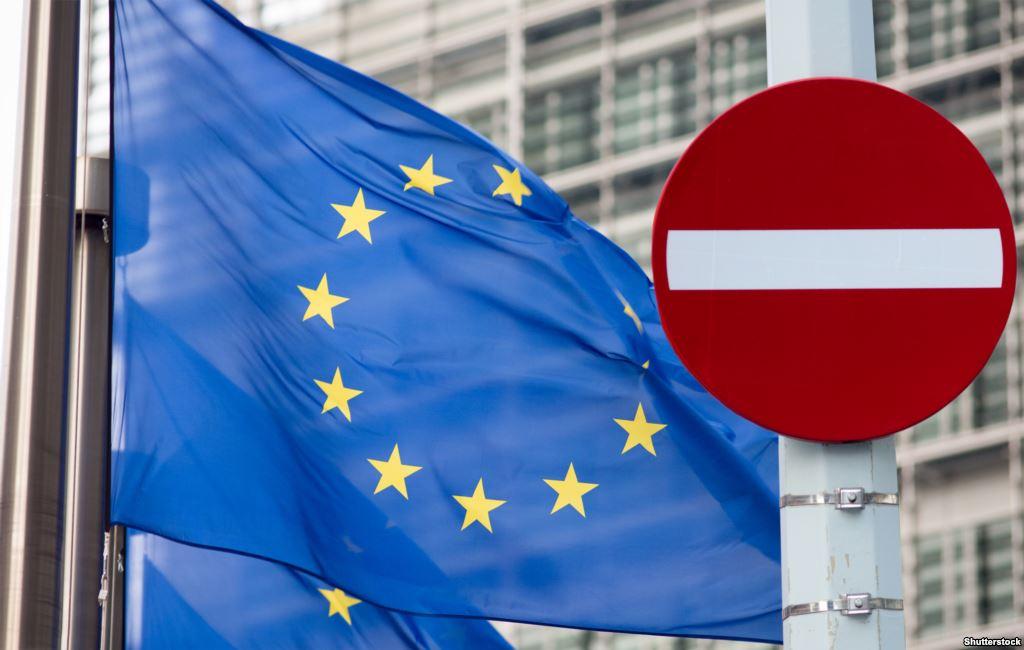 Евросоюз продлил на полгода санкции в адрес граждан России и Украины