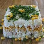 Салат-торт с кукурузой