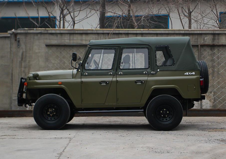 Китайский клон УАЗ-469