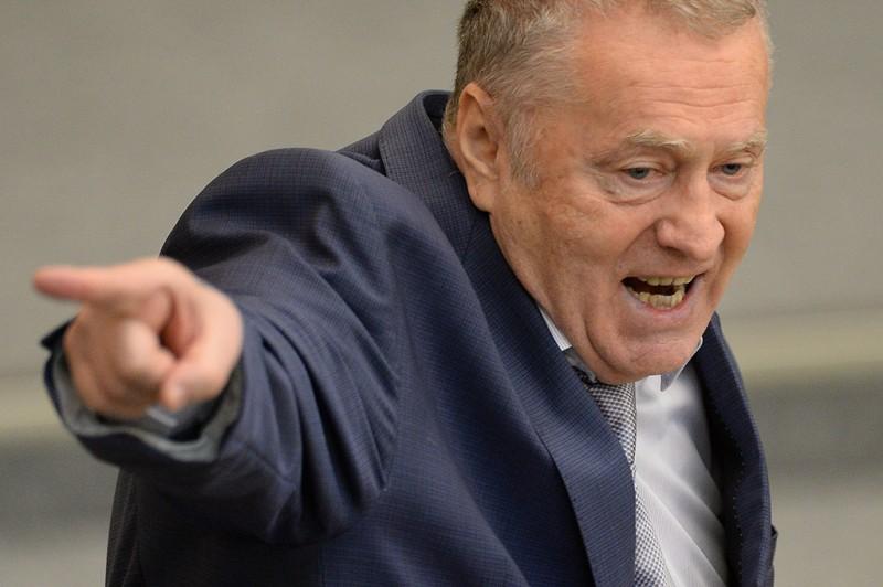 Жириновский пытается вернуть клоунаду в Думу