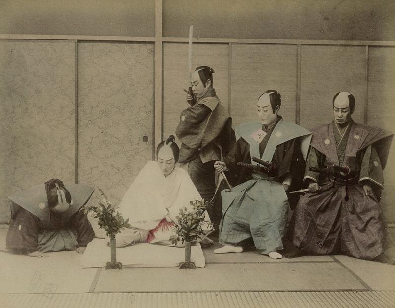 Как самураи делали харакири: лучше достойная смерть, чем позорная жизнь