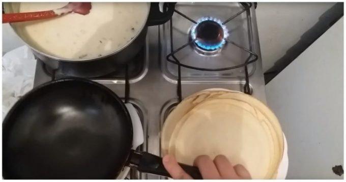 Лайфхак: очень простой и удобный способ жарки блинов