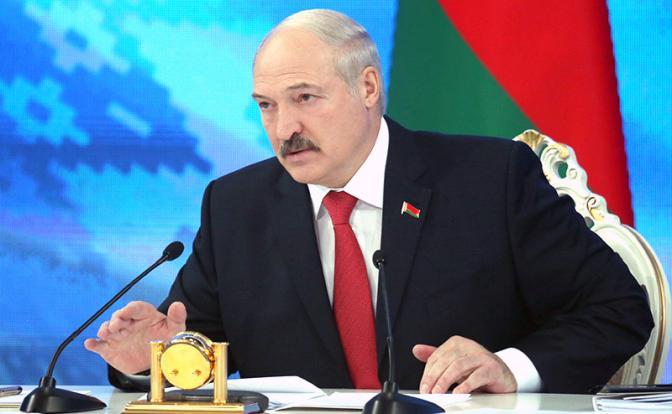 Гнев Лукашенко возбудил русофобов на Западе