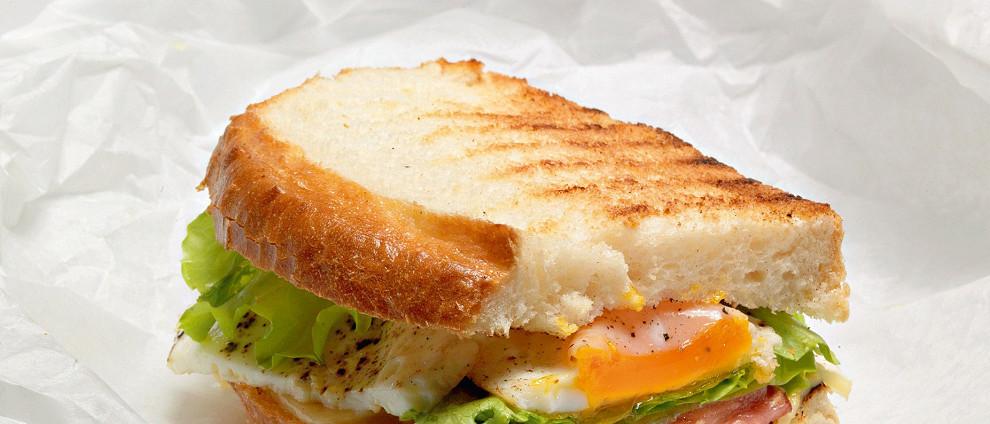 Школьное питание. Вкусные сэндвичи с беконом