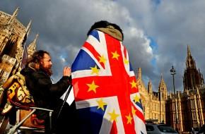 50 дней до Brexit: британцы готовятся к катастрофе и дефициту