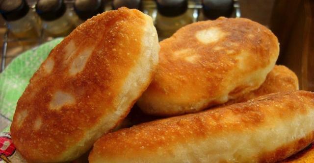 appetitnye-rumyanye-pirozhki-po-babushkinomu-receptu