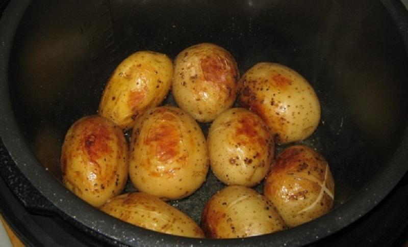 Картофель целый в мультиварке рецепты с фото