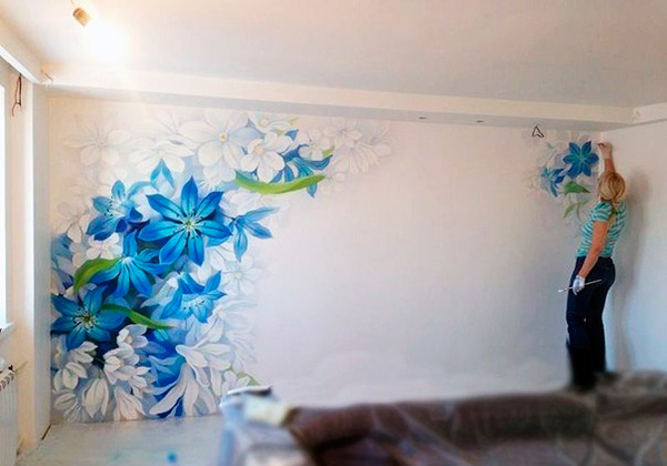 Роспись на стене своими руками с трафаретами