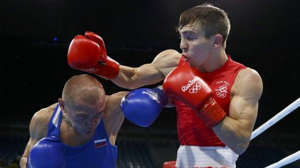 Ирландский боксер обвинил в своем поражении Путина