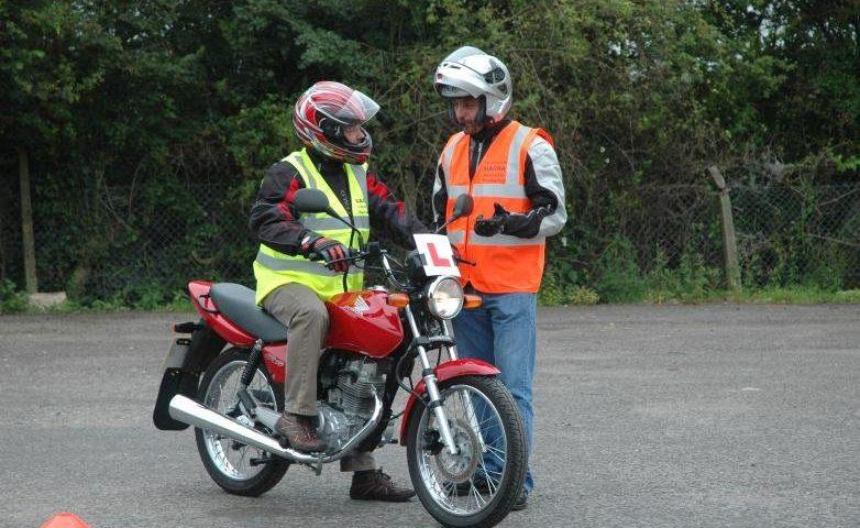 Как сдавать на права на мотоцикл?