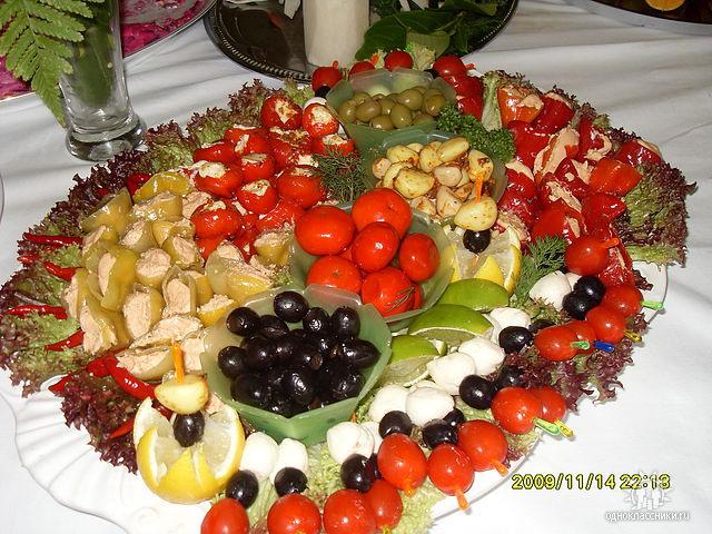 Оформление овощной нарезки! Просто и красиво!