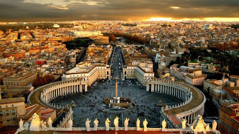 Шокирующее заявление Ватикана: в 2017 году человечество ожидает много бедствий и катастроф
