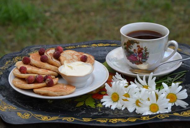 Воздушные солнечные оладушки станут отличным завтраком для всей семьи!