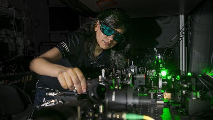 Ученые создали сверхкомпактные нано-очки ночного видения
