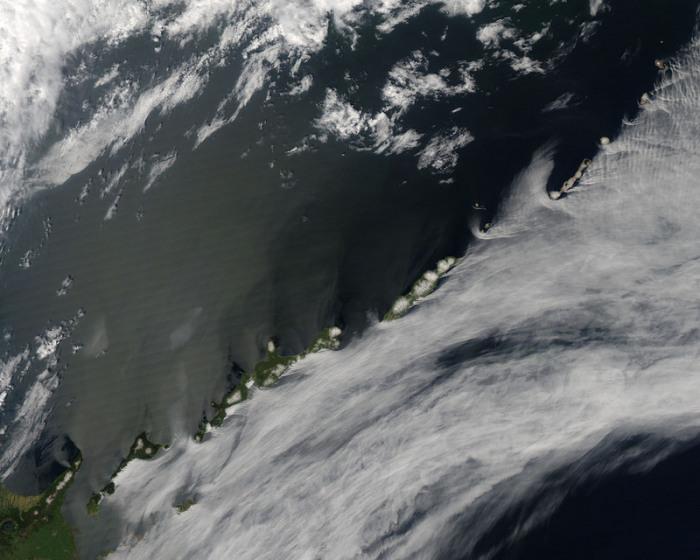 Вид из космоса на Южные Курильские острова. | Фото: flickr.com.