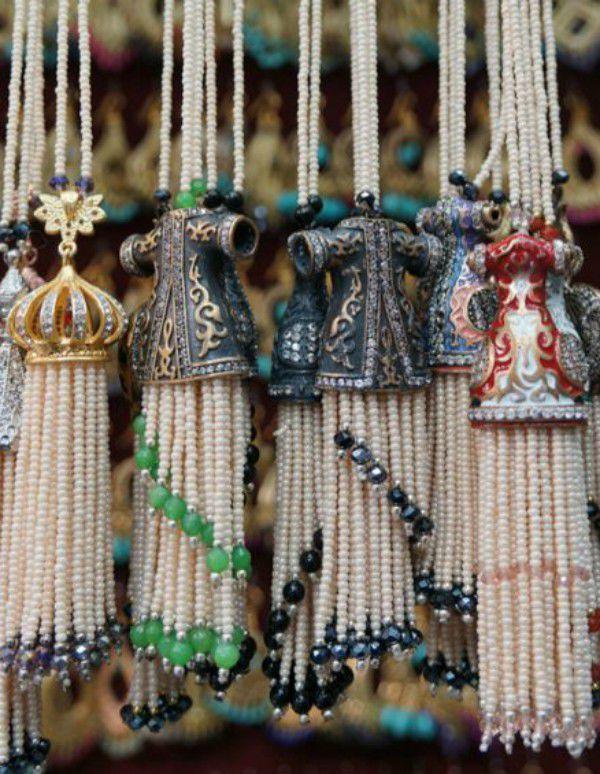 Эффектный элемент декора: кисти и кисточки