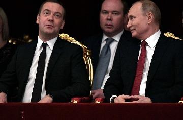 Почему Путину не стоит сейча…