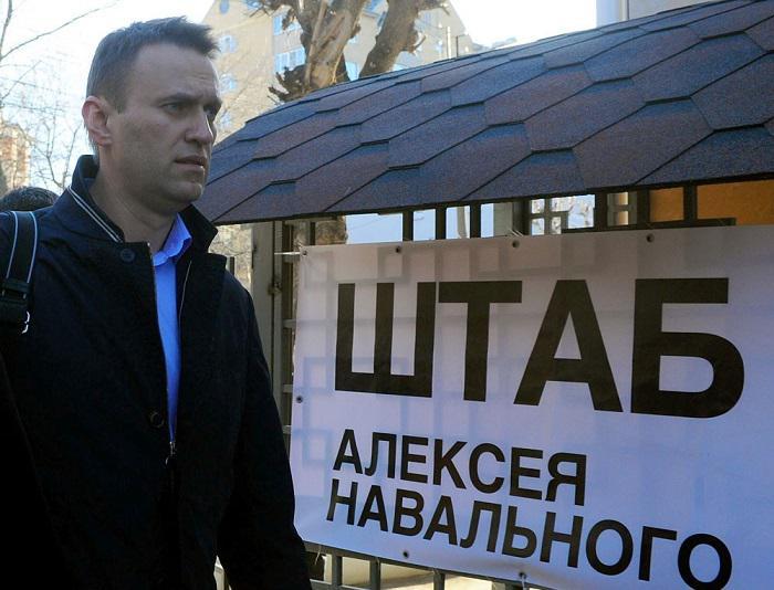 Нападение на штаб Навального - есть первые пострадавшие