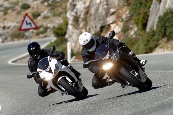 7 легендарных спортивных мотоциклов из 1990-х, которые хороши и сегодня