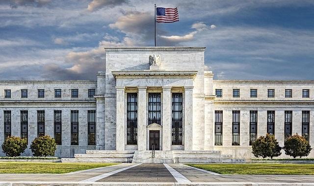 ФРС сохранила базовую ставку на прежнем уровне 1-1,25% годовых