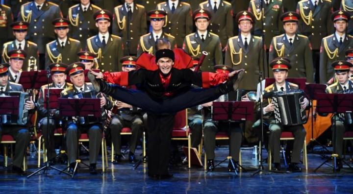 Ансамбль Александрова в новом составе впервые вышел на сцену