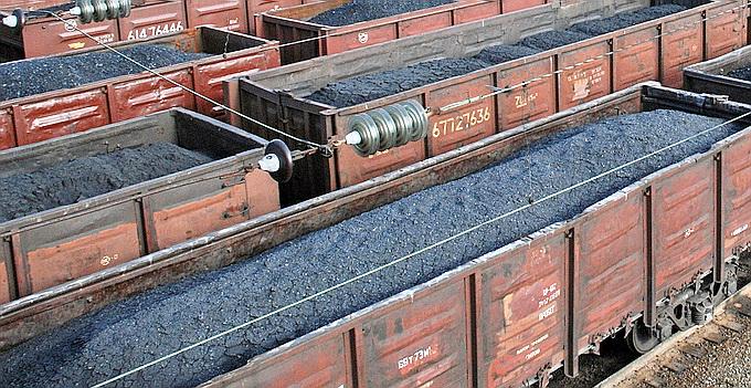 Украина в котле: ДНР отгрузила в Россию первые 95 вагонов угля