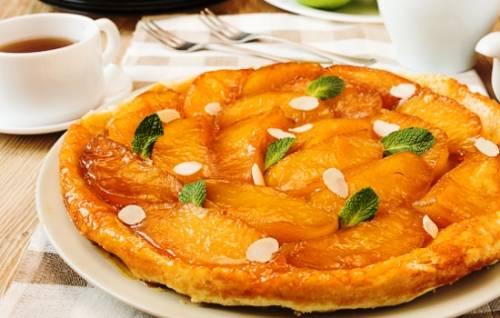 От румяного тарта с яблоками в восторге вся семья!