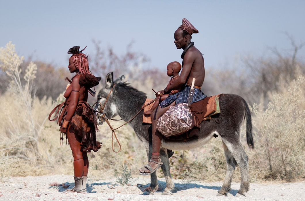 Жизнь намибийских племен в фотографиях Эрика Лафорга