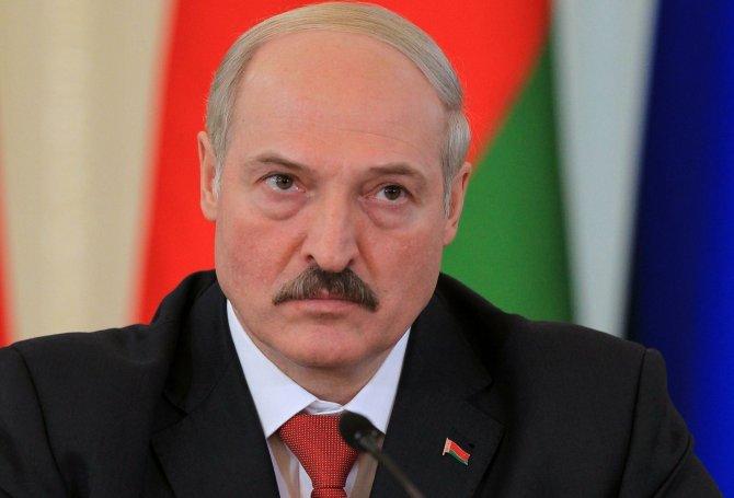 Лукашенко рассказал о своей реакции на поступок белоруса, пронёсшего флаг России в Рио