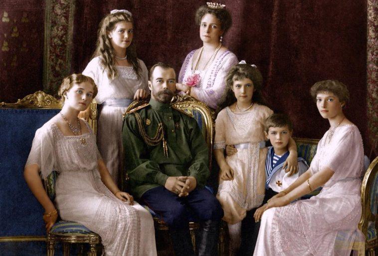 Наряды последних Романовых: что носили женщины царской семьи